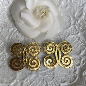 CHANEL Scroll Double C Earrings